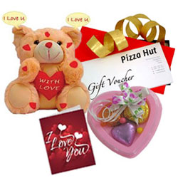 Special Moment Gift Hamper with Pizza Hut Gift Voucher