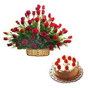 Red Roses Arrangement with Black Forest cake