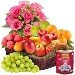 Succulent Fresh Fruits Basket with Tasty Haldiram Rasgulla and Pink Rose Bouquet