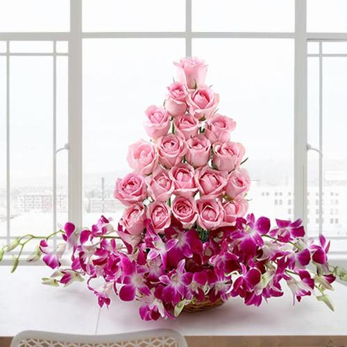 Breathtaking Arrangement of Roses and Orchids