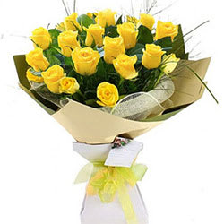 Pretty Morning Sunshine Yellow Roses Bouquet