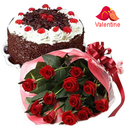 <u><font color=#008000> MidNight Delivery : </FONT></u>:12 Red Rose Bunch with  Black Forest Cake