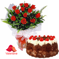 <u><font color=#008000> MidNight Delivery : </FONT></u>:12 Exclusive  Dutch Red    Roses  with Black Forest cake 1 Kg from 5 star Hotel Bakery <br> (Limited Cities)