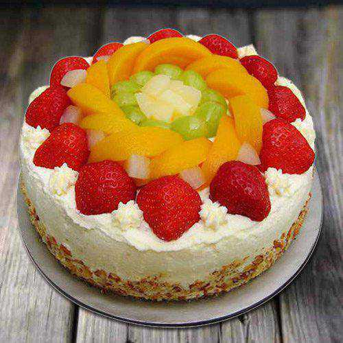 Exquisite Eggless Fresh Fruit Cake