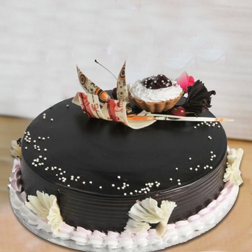 Extremely Delicious 2 Kg Truffle Cake from 3/4 Star Bakery