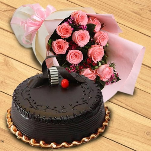 Exquisite 1/2 kg Chocolate Truffle Cake & 10 Pink Roses Bouquet