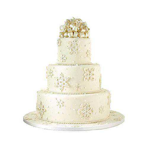 Dramatic Wedding Cake