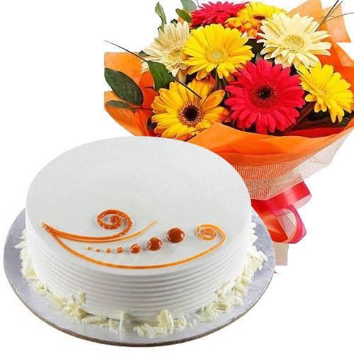 Eye-Catching Mixed Flowers and Vanilla Cake<br>