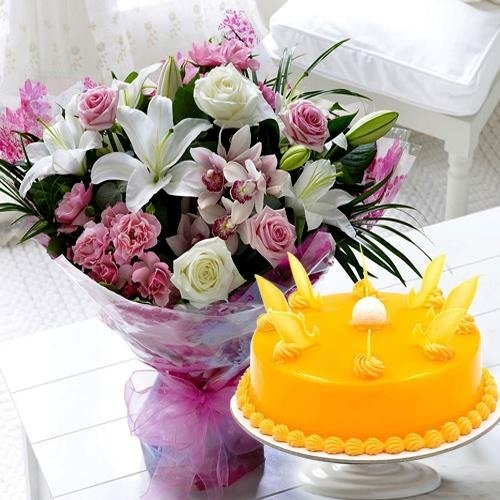 Mixed Flowers Bouquet with 1 kg Mango Cake