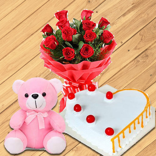 Graceful Red Roses with Teddy and Love Cake<br><br>