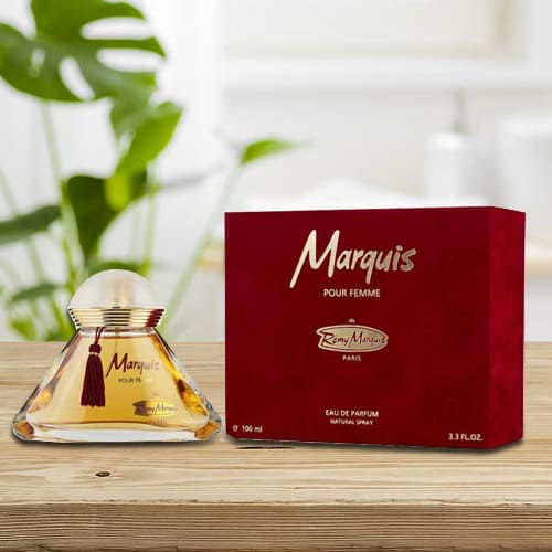 Amazing Remy Marquis Pour Perfume for Women