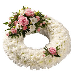 Pleasant Wreath of Pink Roses and White Carnations